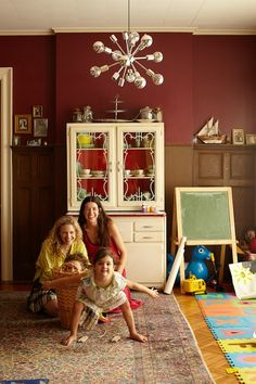 Fabulous Living With Kids home tour featuring ace