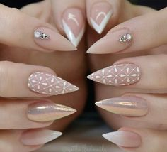 Why are stiletto nails so amazing? We have found the very Best Stiletto Nails for 2018 which you will find below. Having stiletto nails really makes you come off as creative and confident. You can be that fierce girl you always wanted to be! Fabulous Nails, Gorgeous Nails, Pretty Nails, Glam Nails, Nude Nails, Coffin Nails, Matte Nails, Gradient Nails, Holographic Nails
