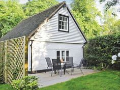 Sawmill Cottage, Royal Tunbridge Wells, Kent -  Cottages 4 You