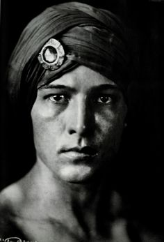 Rudolph Valentino as young radjah... His Face is fascinatingly beautiful.... I could Gaze at it for hours                                                                                                                                                                                 More