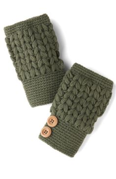 Cute glovettes for keeping your hands warm  http://rstyle.me/n/dgst8nyg6
