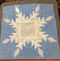 Feather quilt pattern - Merry Christmas from AQS Feathered Frost – Feather quilt pattern Free Paper Piecing Patterns, Star Quilt Patterns, Star Quilt Blocks, Star Quilts, Quilting Projects, Quilting Designs, Quilting Ideas, Snowflake Quilt, Snowflakes