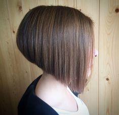 Angled-Bob-Haircut-for-Fine-Hair Best New Bob Hairstyles 2019 Angle Bob, Bob Haircut For Fine Hair, Line Bob Haircut, Bob Hairstyles 2018, Bob Hairstyles For Fine Hair, Hairstyle Men, Formal Hairstyles, Wedding Hairstyles, Asymmetrical Bob Haircuts