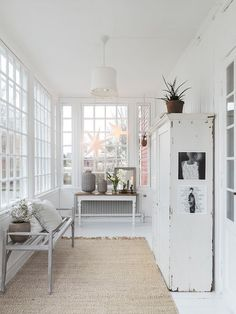 A Swedish Home with Subtle and Delightful Holiday Decor-©carinaolander