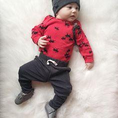 baby boy, baby moccasins