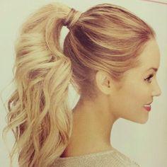 Today on: www.ideassoneventos.com  #ideassoneventos #bienestarybelleza #inspiración #inspiration #imagen #beauty #ponytail #coleta #actos #eventos #pelo #peinadosinformales #peinadosformales #peinadoseventos #fashion #tendencias #peinadoscoleta #peinadosponytail #style #moda #fashionblogger #instafashion #instastyle #instabeauty #personalshopper #asesoradeimagen
