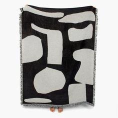 Designed by Germanartist Anna Bierler, the CurtisThrow is a…