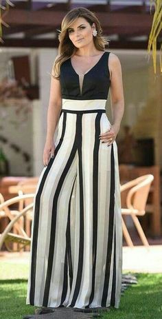 Skirt long outfit casual classy New Ideas Short Beach Dresses, Trendy Dresses, Nice Dresses, Casual Dresses, Maxi Dresses, Maxi Skirts, Trendy Fashion, Girl Fashion, Fashion Outfits