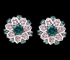 | Cantilena Earrings