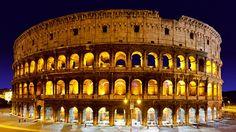 Tour nocturno en coche. Admira el coliseo iluminado en la noche, consigue las mejores vistas de Roma desde la Colina de Janículo y acércate a Trastévere, el barrio más acogedor y delicioso de Roma.