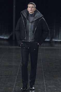 Raf Simons | Fall 2006 Menswear Collection | Style.com