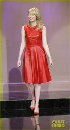 Emma Stone - The Tonight Show with Jay Leno - Monique Lhuillier dress, Christian Louboutin and Sydney Evan jewels