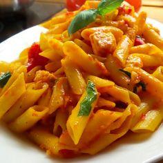 Wczorajsza #kolacja - góra makaronu z pstrągiem łososiowym!⭐ #makaron #kukurydziany #pstrag #pomidory #oliwa #bazylia #czosnek ⭐ #corn #pasta #oliveoil #tomatoes #trout #basil #garlic ⭐ #healthy #supper #fish #foodphotography #foodstagram #instafood #good #food #dobre #jedzenie #foodporn #foodpics #lowif