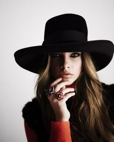Love this HAT!!! I want it!