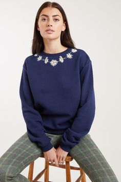 JAN-DAISY-CHAIN-NAVY New Outfits, Fashion Outfits, Womens Fashion, Joy The Store, Checked Trousers, Embroidered Sweatshirts, Sustainable Fabrics, Daisy Chain, Fashion Online