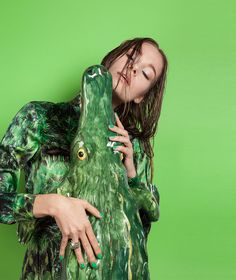 DeNature fashion story by Milan-based stylist Yosephine Melfi and photographer Carmen Mitrotta Berlin Art Parasites, Desert Days, Fashion Story, Shades Of Green, Beautiful Creatures, Art Direction, Persona, Dreadlocks, Stylists