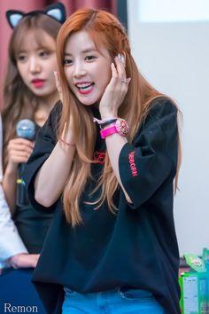 Apink's Chorong #Fashion #Kpop #Idol