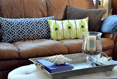 Pretty DIY Decorative Throw Pillows by @mrshines/