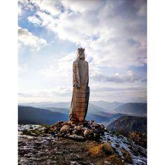 ...  #slovakia #slovak_nature #slovak_insta #trip #travel #travelslovakia #travelling #traveller #instatravel #beautifulslovakia #beautyofslovakia #amazingslovakia #visitslovakia #thisisslovakia #toptravelers #insta_photo #insta_svk #simpleslovakia #pureslovakia #nature_sk #naturelover #nature_ig #takeslovenske #unikatneslovensko #krajinahradov #slovensko #cestujemczsk #cestovanie #niejeturabezstura #pustyhrad