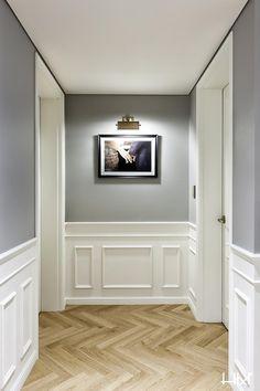 - 디자인요소 - Hotel-Apartment im französischen Stil im modernen Stil – Bamseom Chiayi - Home Room Design, Interior Design Living Room, Living Room Designs, Interior Decorating, House Design, Home Living Room, Living Room Decor, Living Room Lighting, Wainscoting Styles