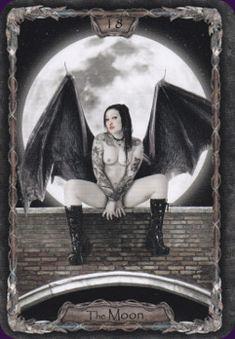 The Moon - Tarot-Gothica