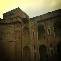 Palazzo Farnese | MyTurismoER: Piacenza e provincia attraverso lo sguardo fotografico di @robertabbatangelo