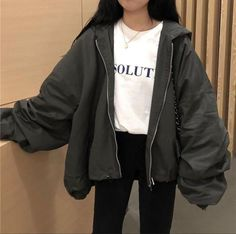 Windbreaker loose gray ginger hooded jacket check out these awesome korean fashion outfits 3915 koreanfashionoutfits Sporty Outfits, Retro Outfits, Mode Outfits, Cute Casual Outfits, Fashion Outfits, Fashion Belts, Vintage Outfits, Tomboy Winter Outfits, Fashion Tips