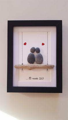 Legende – Hochzeitsgeschenk ideen Legend Legende (notitle) The post Legende appeared first on Wedding gift ideas. Stone Crafts, Rock Crafts, Diy And Crafts, Crafts For Kids, Arts And Crafts, Paper Crafts, Stone Pictures Pebble Art, Stone Art, Handmade Wedding