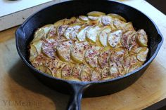 Dutch Apple Skillet