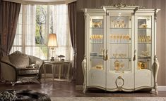 Tiziano display cabinet, Display cabinet, available with 2 or 3 doors, classic food halls Apartment Furniture, Bed Furniture, Home Decor Furniture, Furniture Design, Door Displays, Italian Furniture, Italian Style, Dining Room, Luxury