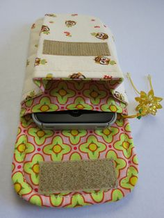 Tall Pleated Pouch - original pinner added a phone slip - will have to try that.