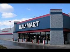 Walmart Fires Employee for Asking Customer Not to Leave Dog in Hot Car
