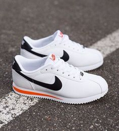 Nike cortez shoes red white and blue Zapatillas Nike Cortez, Nike Cortez Mens, Nike Cortez Shoes, Nike Cortez Leather, Nike Shoes, Moda Sneakers, Sneakers Mode, Sneakers Fashion, Shoes Sneakers