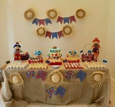 Decoração com Chapéu de Palha para Festa Junina Mexican Birthday, Farm Birthday, Birthday Parties, Adult Party Themes, Seasonal Decor, Holiday Decor, Happy Party, Holidays And Events, Party Gifts