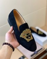 Versace Slippers, Versace Shoes, Top Shoes, Dress Shoes, Shoes Men, Fashion Slippers, Casual Wear For Men, Handbags For Men, Shoe Art