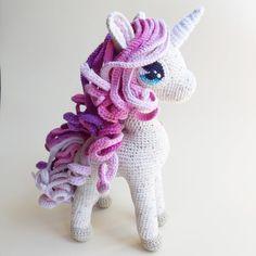 Crochet Animals, Crochet Toys, My Little Pony Bedroom, Crochet Unicorn, Cool Anime Girl, Crochet Blanket Patterns, Crochet For Kids, Stuffed Toys Patterns, Crochet Projects
