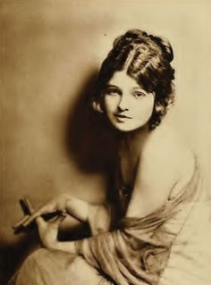 15 Beautiful But Forgotten Silent Movie Stars | We Heart Vintage blog: retro fashion, cinema and photography