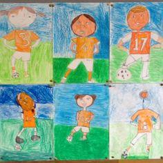 Zelf een voetballer tekenen ,daarna met wasco het gras en de blauwe lucht