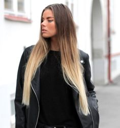 Ombre hair, blonde