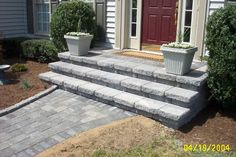 paver patio stairs with landing Front Porch Stairs, Front Door Steps, Front Porch Design, Patio Design, Side Door, Front Porches, Patio Steps, Diy Patio, Backyard Patio