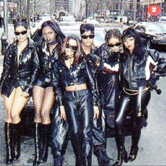 Total, Foxy Brown, Lil Kim and Da Brat on set of the No one else Video set
