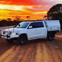 Landcruiser 200 Series Dual Cab Ute Conversion by DMW Industries