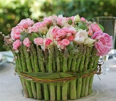 Adorable for a Mother's Day brunch centerpiece. by corina