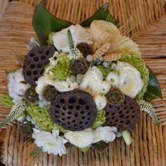 So Different!, #Muskoka Wedding, #rustic, #bouquet Copyright In Carnations Design