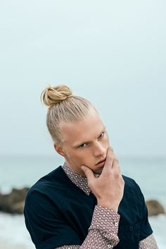 Men's Top Knot. Carlton Ruth by Lucie Hugary