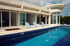 Casa Callaway - Playa del Carmen (We rent this house out!) www.playabeachgetaways.com info@yourbestgetaway.com