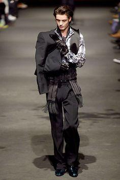 Alexander McQueen men's wear: Fall/Winter 2006-2007