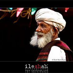 Man in white... www.ileshshah.com Ilesh Shah Photography #ileshshah #MyPhotoInVogue  #people #instamood #community #live #life #beautiful #human #friends #mates #work #city #picoftheday #swag #iphonesia #portrait