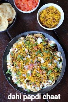 dahi papdi chaat recipe   dahi papri chaat   papdi chaat recipe Puri Recipes, Paratha Recipes, Veg Recipes, Spicy Recipes, Cooking Recipes, Snacks Recipes, Dahi Papdi Chaat Recipe, Dahi Puri, Gastronomia