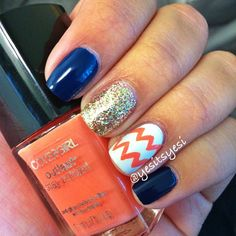 Chevron accent nail and glitter